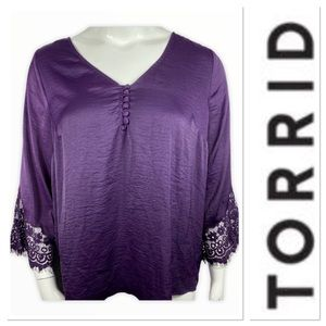 Torrid purple top with lace sleeves